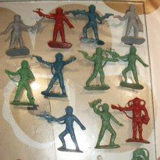 Figuras de Goma y PVC: FIGURA COMANSI SERIE OVNI ASTRONAUTAS. Lote 30281131