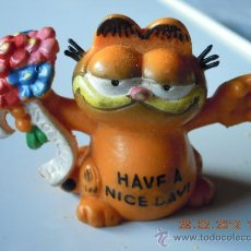 Figuras de Goma y PVC: GATO GARFIELD HAVE A NICE DAY 4,50 CMS ALTURA UNITED FEATURE SYNDICATE ALEMANIA 1981 BULLY. Lote 31088452