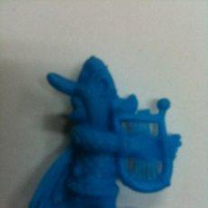 Figuras de Goma y PVC: FIGURA DUNKIN PERSONAJE ASTERIX. Lote 31154670