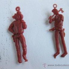 Figuras de Goma y PVC: PAREJA DE MUÑECOS DE ALFILER DE LA SERIE BONANZA - HOSS Y JOE CARTWRIGHT - AÑOS 60. Lote 31279074