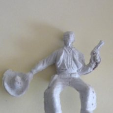 Figuras de Goma y PVC: FIGURA VAQUERO PLASTICO ANTIGUO. Lote 32014511