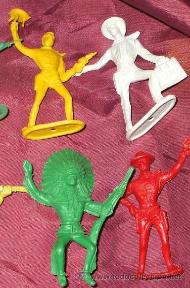 Figuras de Goma y PVC: LOTE DE 17 INDIOS Y AMERICANOS DE COMANSI PLASTICO - Foto 5 - 32214506