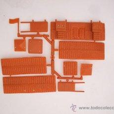 Figuras de Goma y PVC: FOTOKEKI - MONTAPLEX - FORT NEVADA COLOR FOTO - SOBRES SORPRESA MONTAPLEX - AÑOS 70. Lote 133949841
