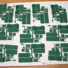 Figuras de Goma y PVC: MONTAPLEX - 10 COLADAS DEL FORT NEVADA COLOR FOTO - SOBRES SORPRESA MONTAPLEX - AÑOS 70. Lote 246269235