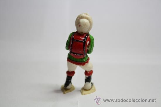 Figuras de Goma y PVC: Figura de Goma, Esquimal con Mochila y Raquetas de Nieve, de la Serie de Manuel Sotorres, Años 50 - Foto 2 - 32637848