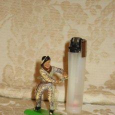 Figuras de Goma y PVC: VAQUERO MARCA DEETAIL. Lote 32788624