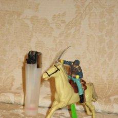 Figuras de Goma y PVC: VAQUERO MARCA DEETAIL. Lote 32788652