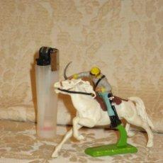 Figuras de Goma y PVC: VAQUERO MARCA DEETAIL. Lote 32788657