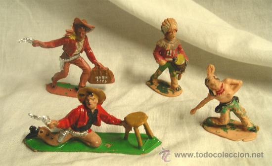 LOTE DE 2 COWBOYS Y 2 INDIOS REMSA (Juguetes - Figuras de Goma y Pvc - Comansi y Novolinea)