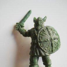 Figuras de Goma y PVC: PIPERO : VIKINGO REG MONOCOLOR AÑOS 60 ORIGINAL 100% . Lote 32969268