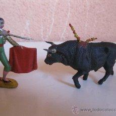 Figuras de Goma y PVC: TORO Y TORERO - FIGURAS DE GOMA - JECSAN - AÑOS 50.. Lote 33485245
