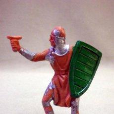 Figuras de Goma y PVC: FIGURA DE PLASTICO, SOLDADO MEDIEVAL, FABRICADO POR JECSAN, 1970S. Lote 33520590