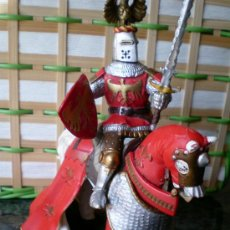 Figuras de Goma y PVC: FIGURA MEDIEVAL PAPO, CABALLO Y JINETE. Lote 33519538