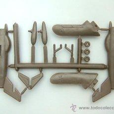 Figuras de Goma y PVC: MONTAPLEX 1 COLADA DEL AVIÓN MIG-17 Nº 611 - METALIZADO. Lote 133677674
