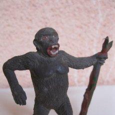 Figuras de Goma y PVC: ANTIGUO GORILA DE GOMA - FIGURA ORIGINAL DE LA MARCA PECH - AÑOS 60.. Lote 34219804