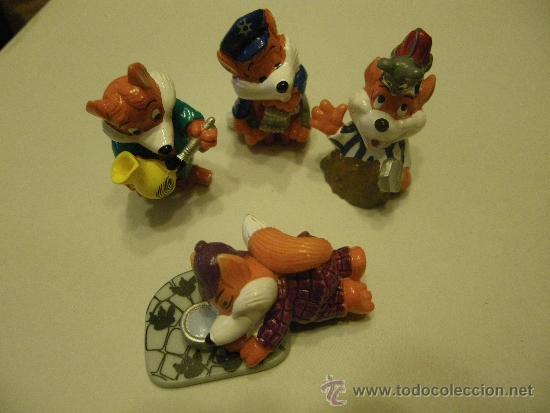 LOTE 4 FIGURAS KINDER ZORROS (Juguetes - Figuras de Gomas y Pvc - Kinder)