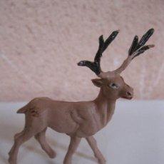 Figuras de Goma y PVC: ANTIGUO CIERVO DE GOMA - FIGURA ORIGINAL DE LA MARCA PECH - AÑOS 60.. Lote 34425316