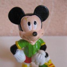 Figuras de Goma y PVC: MICKEY MOUSE FUTBOLISTA - FIGURA DE PVC - WALT DISNEY.. Lote 34590098