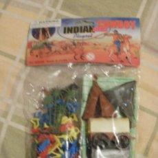 Figuras de Goma y PVC: INDIAN AND COWBOY CON FIGURAS DE UNOS 3 CENTIMETROS. Lote 41482909