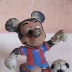 Figuras de Goma y PVC: MICKEY MOUSE FUTBOLISTA - FIGURA DE PVC - WALT DISNEY.. Lote 34816402