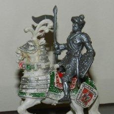 Figuras de Goma y PVC: ANTIGUA FIGURA DE CABALLERO MEDIEVALA CABALLO, DE LAFREDO, TAL COMO PUEDE VERSE EN LAS FOTOGRAFIAS P. Lote 34852644