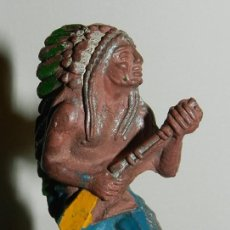 Figuras de Goma y PVC: ANTIGUA FIGURA DE INDIO, LAFREDO, COMO PUEDE VERSE.. Lote 34864204