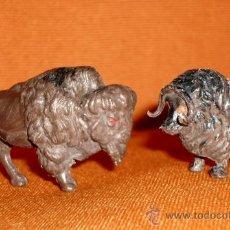 Figuras de Goma y PVC: ANTIGUOS ANIMALES MADE IN HONG KONG DE PLASTICO DURO 6 Y 5 CM. Lote 35171791