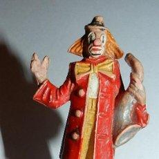 Figuras de Goma y PVC: PAYASO DEL CIRCO CON SAXO DE JECSAN, AÑOS 60, TAL Y COMO SE VE EN LAS FOTOGRAFIA.. Lote 35407916