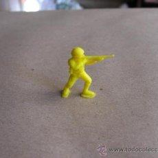Figuras de Goma y PVC: SOLDADO DUNKIN AÑOS 70 O SIMILAR. Lote 35614577