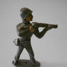 Figuras de Goma y PVC: FIGURA COMANSI SOLDADO AMERICANO 7CM. Lote 35824787
