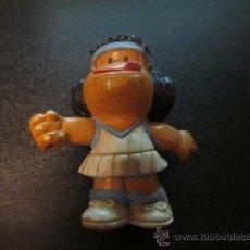 Figuras de Goma y PVC: FIGURA DE PVC DE MAFALDA TENISTA. Lote 35842975