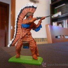 Figuras de Goma y PVC: BRITAINS INDIO-ESCALA 1/35-1/32(54/60MM).. Lote 35843534