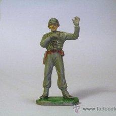 Figuras de Goma y PVC: PECH. SOLDADO AMERICANO-MARINE OFICIAL ARTILLERÍA. GOMA. ORIGINAL AÑOS 50-60. Lote 35863222