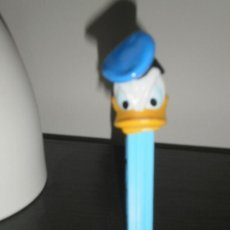 Dispensador Pez: DISNEY PATO DONALD - DISPENSADOR CARAMELOS PEZ. Lote 35954561
