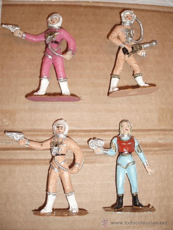 COMANSI SERIE OVNI 4 FIGURAS (Juguetes - Figuras de Goma y Pvc - Comansi y Novolinea)