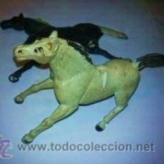 Figuras de Goma y PVC: 2 CABALLOS DE GOMA MARCA SOTORRES. AÑOS 50. Lote 36667237
