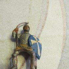 Figuras de Borracha e PVC: M69 MUÑECO GOMA REAMSA CABALLERO MEDIEVAL ESCUDO AZUL. Lote 38612767