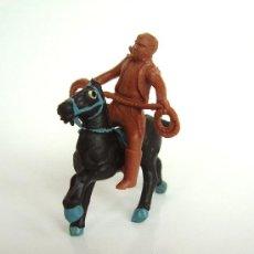 Figuras de Goma y PVC: SOTORRES JINETE MARRON Y CABALLO ALCA-CAPELL. Lote 37175939