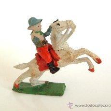 Figuras de Goma y PVC: CAPELL VAQUERO 2 PISTOLAS+CABALLO REF.2736. Lote 26997998