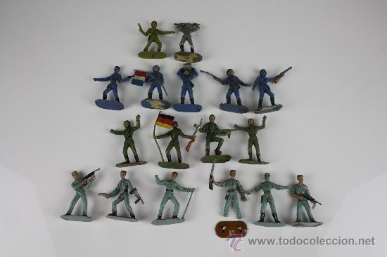 GRAN LOTE DE SOLDADOS COMANSI EN PVC DE LA SERIE EJÉRCITOS DEL MUNDO - AÑOS 70 (Juguetes - Figuras de Goma y Pvc - Comansi y Novolinea)