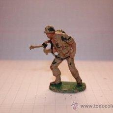 Figuras de Goma y PVC: SOLDADO-. Lote 37853481
