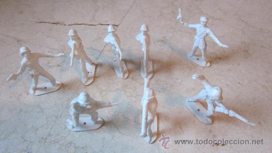 OCHO SOLDADOS COMANSI ESPAÑOLES (Juguetes - Figuras de Goma y Pvc - Comansi y Novolinea)