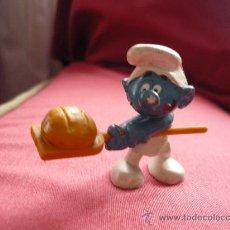Figuras de Goma y PVC: FIGURA PVC - PITUFO / PITUFOS - PANADERO - PEYO AÑOS 80. Lote 38107513