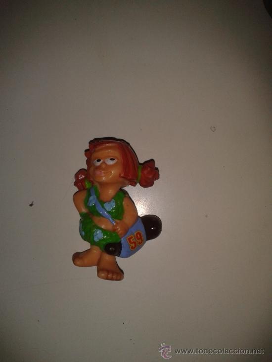 FERRERO FIGURA HUEVO KINDER (Juguetes - Figuras de Gomas y Pvc - Kinder)
