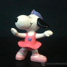 Figuras de Goma y PVC: FIGURA O MUÑECO GOMA PVC - SNOOPY - BELLA - SCHLEICH. Lote 38702759