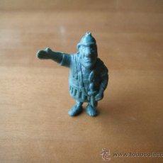 Figuras de Goma y PVC: FIGURA TIPO ASTERIX. AÑOS 70.. Lote 38868892