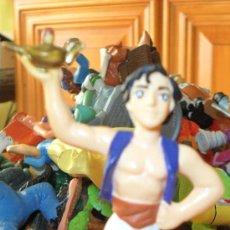 Figuras de Goma y PVC: FIGURA PVC, ALADDIN , BULLY. Lote 39073533