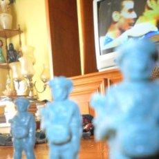 Figuras de Goma y PVC: FIGURA PLASTICO PREMIUM PARACAIDISTA TODDY Nº 10, 60S MUY RARO. Lote 48993900