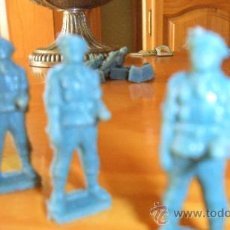 Figuras de Goma y PVC: FIGURA PLASTICO PREMIUM PARACAIDISTA TODDY Nº 3, 60S MUY RARO. Lote 46785649