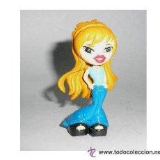 Figuras de Goma y PVC: BRATZ RUBIA MUÑECA FIGURA COLECCION BRATZ YOLANDA - NUEVA A ESTRENAR. Lote 42070251